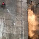 Хидроструене на бетонна фасада като подготовка за монтаж на топлоизолационна система