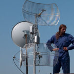 Монтаж на комуникационни съоръжения