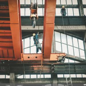 Ремонт на остъкляването в цех за силови трансформатори, Хюндай Хеви Индъстрис Ко. България