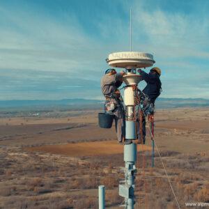 Монтаж на пеленгаторна антена по поръчка на Роде и Шварц